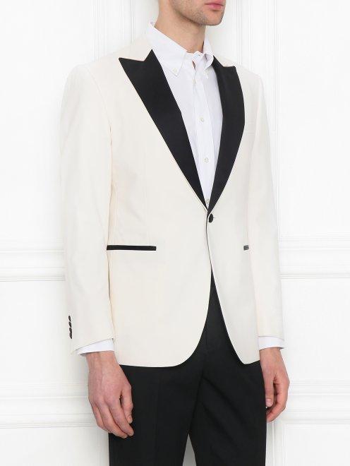 Пиджак с контрастной вставкой - МодельВерхНиз