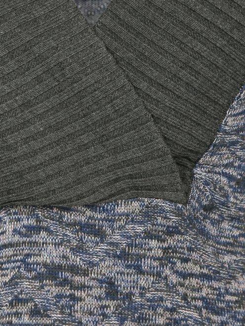 Платье-мини с абстрактным узором - Деталь