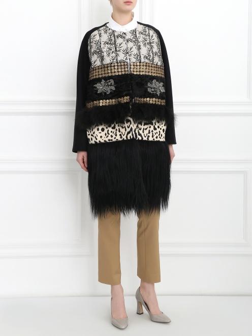 Пальто из шерсти со вставкой из меха и кожи - Модель Общий вид