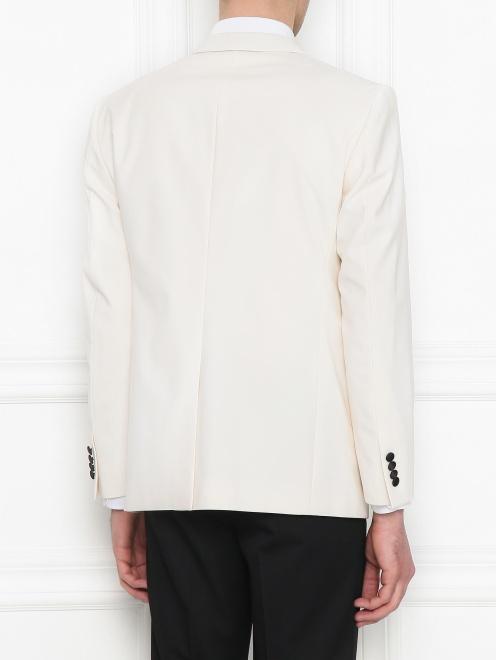 Пиджак с контрастной вставкой - МодельВерхНиз1