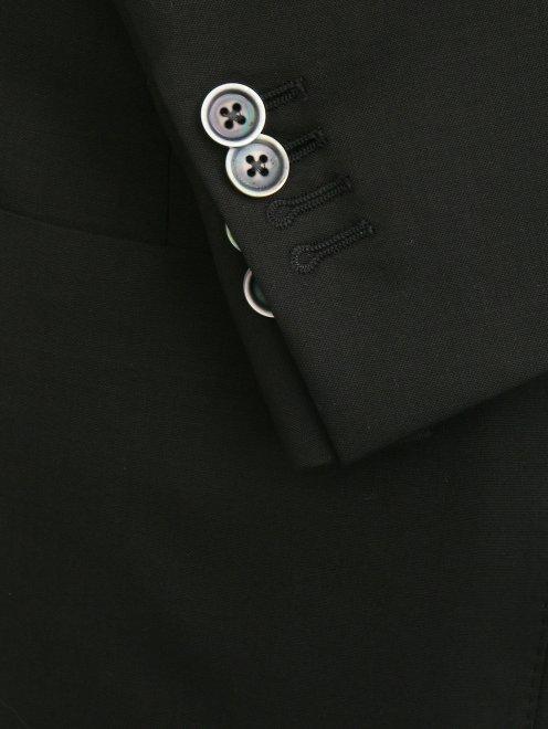 Пиджак из тонкой шерсти - Деталь1
