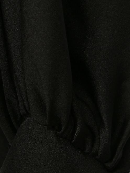 Блуза из шелка с вырезом в плечах - Деталь1