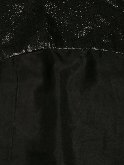 Платье из шелка - Деталь