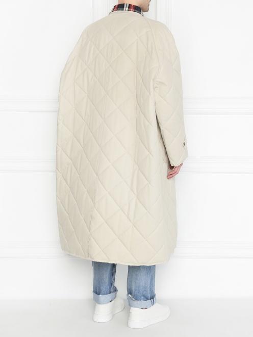 Стеганое пальто свободного кроя - Общий вид