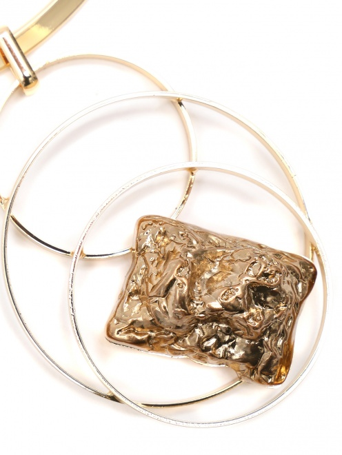 Колье из золотого металла  - Деталь