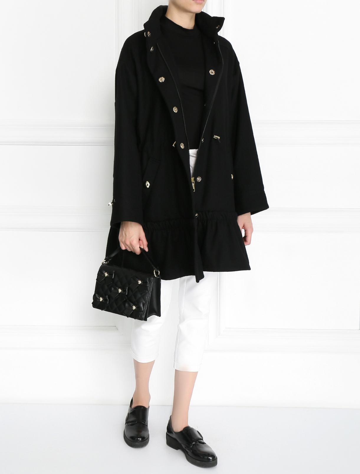 Стеганая сумка из кожи с аппликацией Moschino Boutique  –  Модель Общий вид