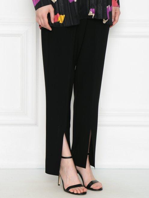 Укороченные брюки с боковыми карманами - МодельВерхНиз